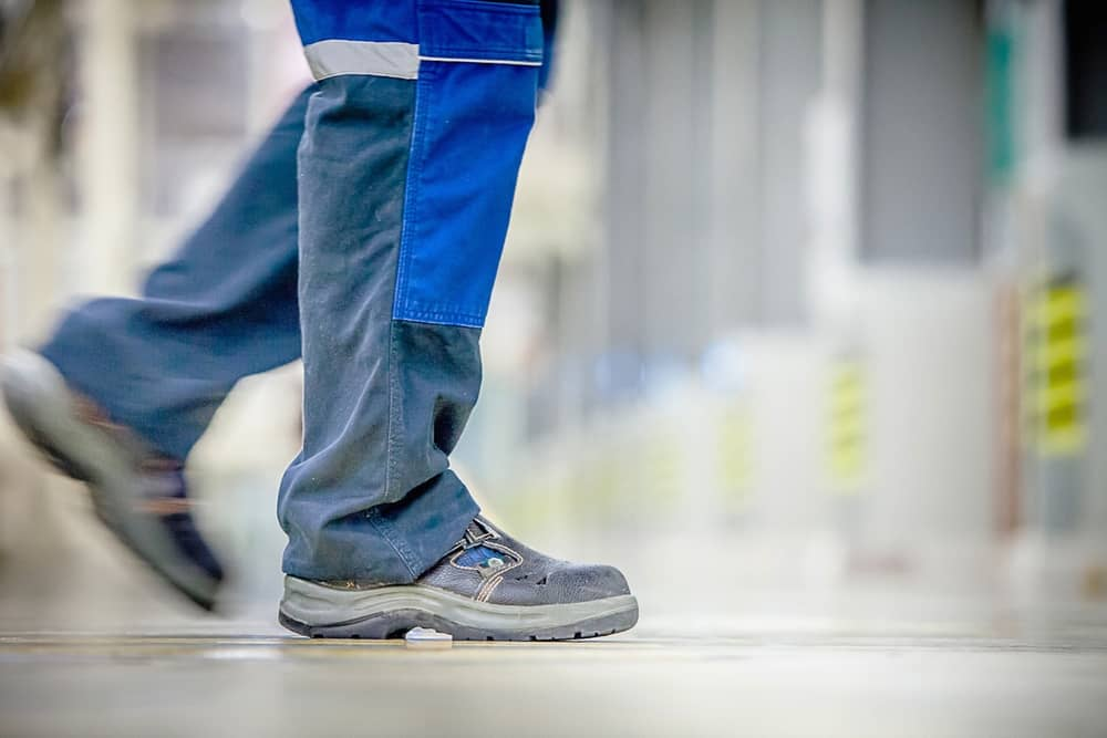 Men's Shoes for Standing All Day on Concrete Surfaces